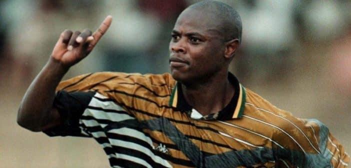Afrique du Sud l'ancienne légende de football Phil Masinga est décédé
