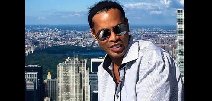 Brésil Ronaldinho en partance pour Dubaï interdit de quitter le pays