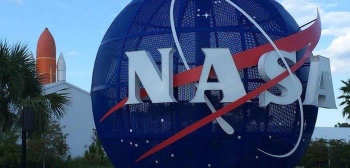 La NASA annonce la découverte d'eau sur la lune