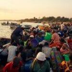 Afrique, Au Lac Malawi, Les Femmes Tronquent ,sexe Contre Du Poisson