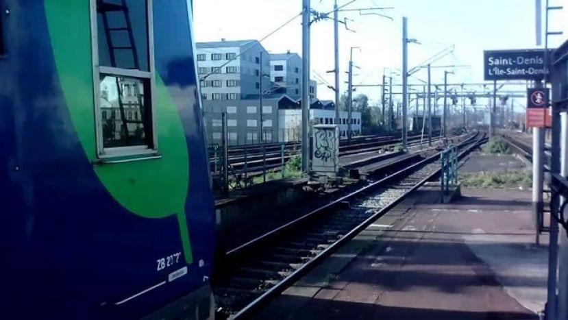 France : Un bandit se faisant passer pour un pasteur et qui voyageait sans titre de transport a été pourchassé dans le RER