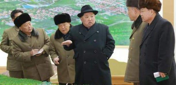 """Kim Jong Un se réjouit d'un «nouveau type d'arme tactique guidée"""""""