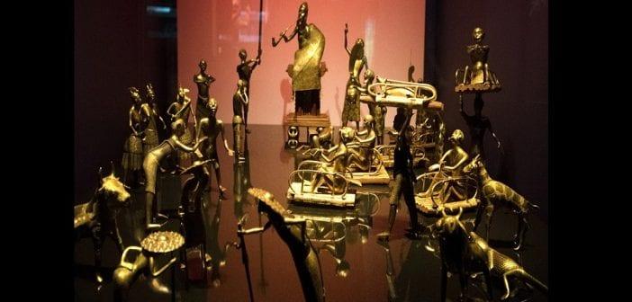 Le Bénin, Va Construire ,musée Des Objets ,volés , France , Prêt Français