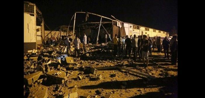 Libye : au moins 40 migrants tués après une frappe aérienne contre un centre de détention (vidéo)