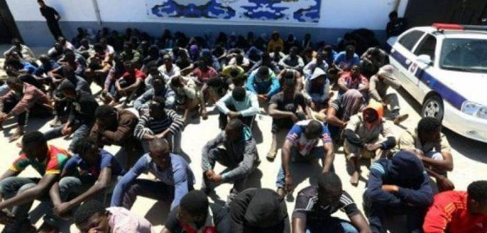 Lybie : 300 migrants encore retenus dans un centre de détention