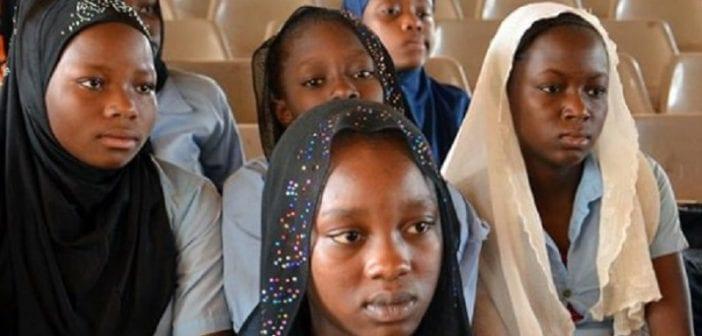 Niger, Près De 80 % , Filles Mariées , L'âge De 18 Ans