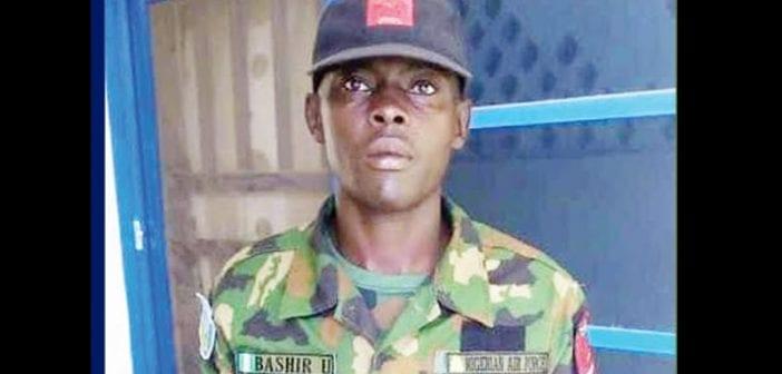 Nigeria : un soldat trouve 37 000 euros et le retourne à son propriétaire