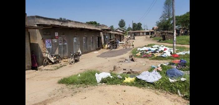 Ouganda , Une Femme ,coupe ,pénis De Son Mari , Avoir Refusé Le ,sexe