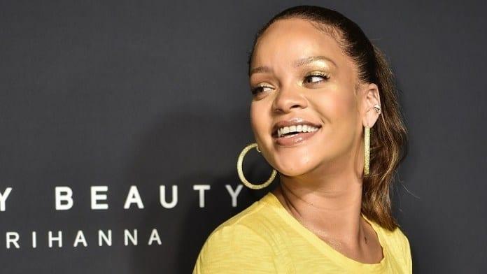 People : Quand Rihanna choisit le lingala pour la campagne publicitaire de sa marque « Fenty Beauty »