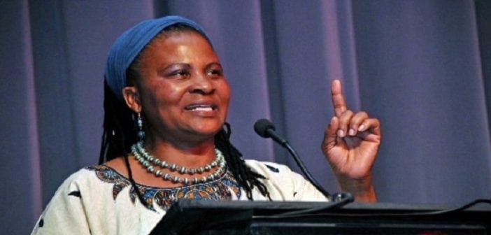 Tererai Trent, L'africaine Qui Fait Partie Des Femmes Les Plus Inspirantes Du Monde