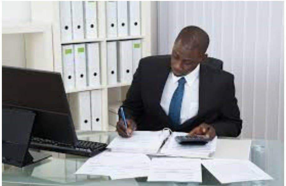 Africa Outsourcing recrute 01  Comptable