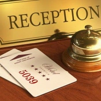 Receptionniste Hotel 298