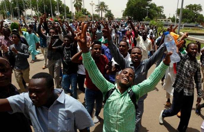 Au Soudan, une première victoire fragile mais historique pour les démocrates après 250 morts
