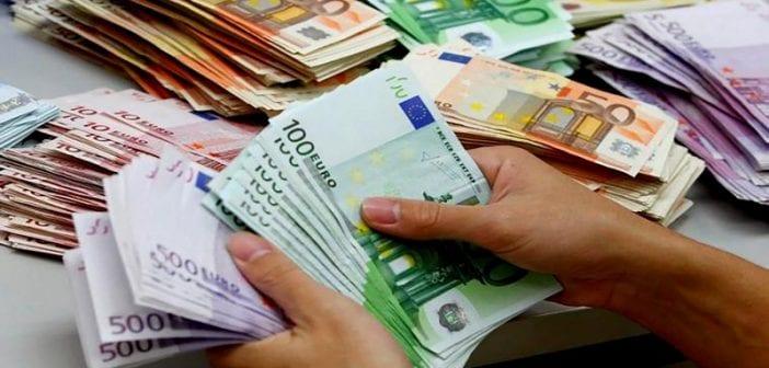 France: un homme reçoit par erreur 177.000 euros sur son bancaire