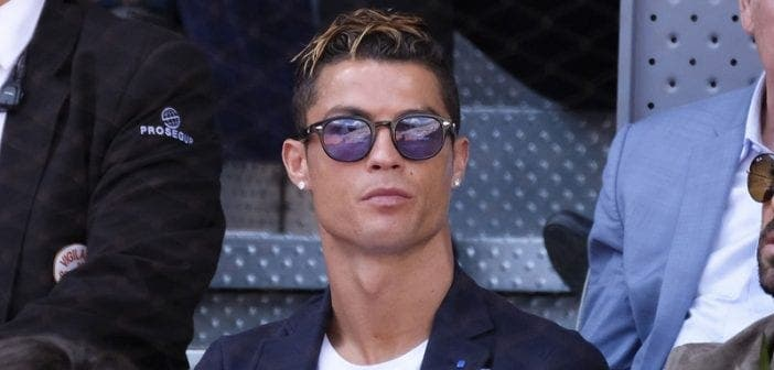 L'incroyable Somme ,cristiano Ronaldo ,gagne ,chaque Publication, Instagram