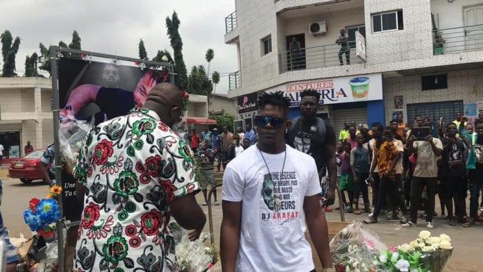 Stars aux funérailles d'Arafat: Arrivée de Tenor à Abidjan