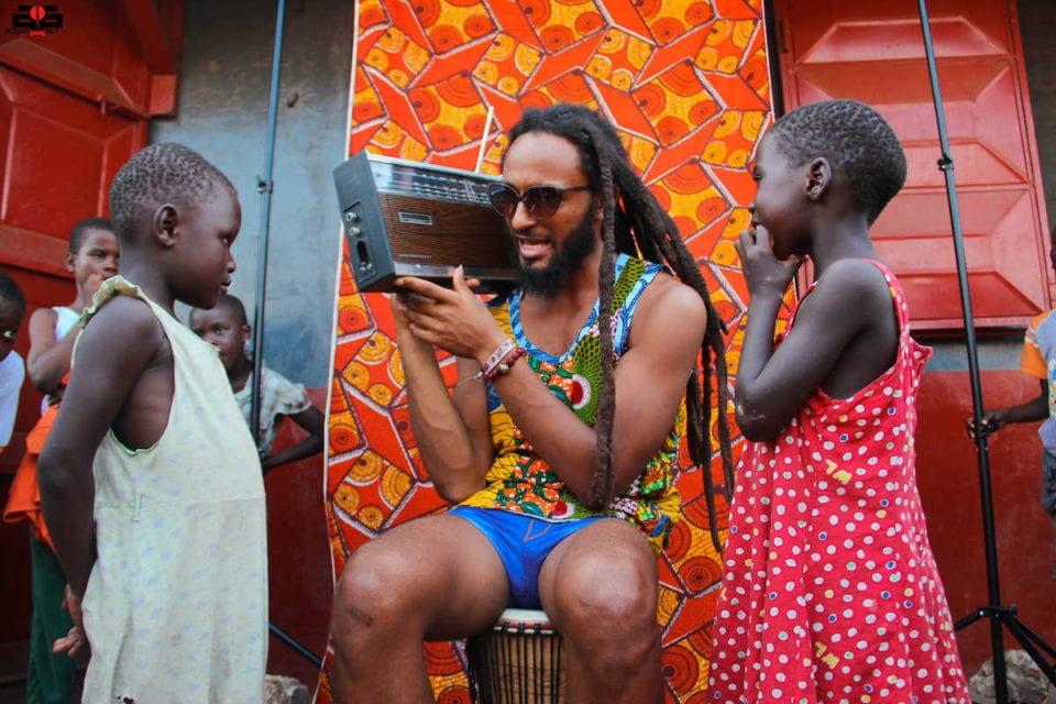 Nana Addo et Mahama n'ont rien de bon à offrir ce pays-Wanlov da Kubolor