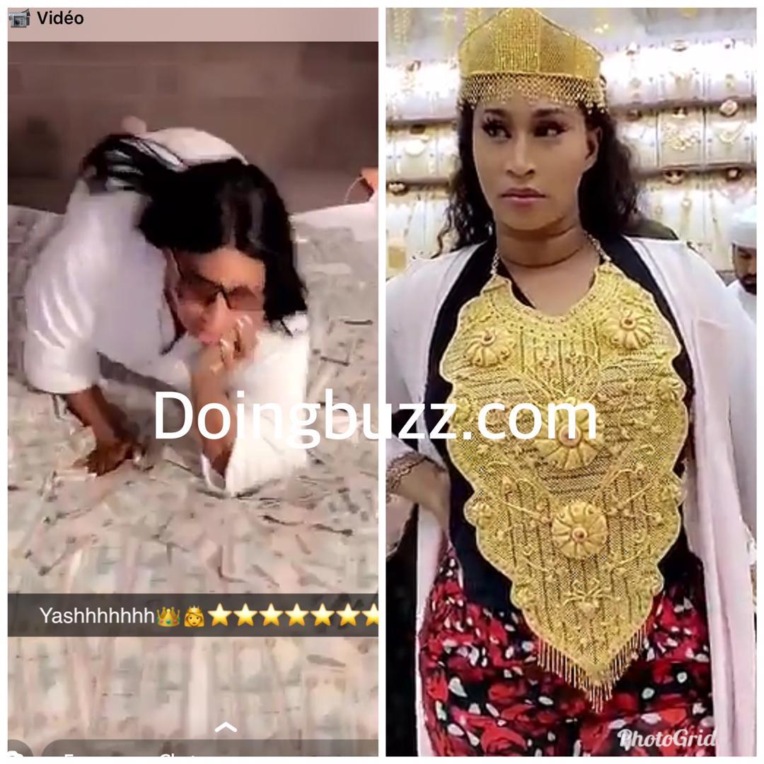 Diaba Sora tente de rivaliser avec Leila Kane en portant la même chaîne en or massif qu'elle
