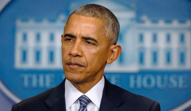 Barack Obama rend hommage à Toni Morrison, la qualifiant de « trésor national »