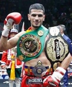 Un pick-pocket finit à l'hopital en tentant de voler un champion de monde de boxe thai