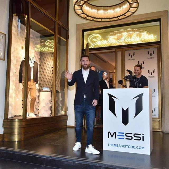 Leo Messi ouvre un magasin de vêtements griffés «Messi» à Barcelone(Photos)