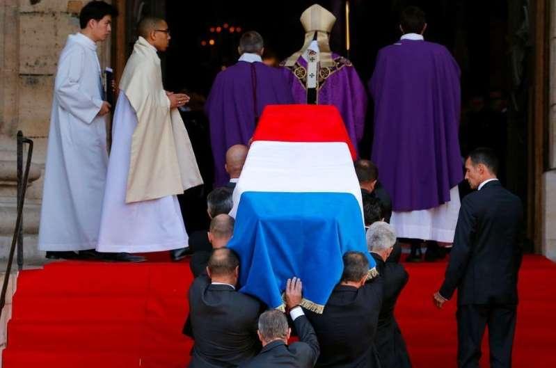 En direct de Paris, les obsèques du président Jacques Chirac