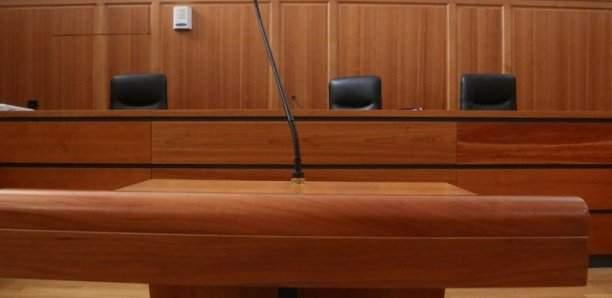 Belgique: 20 ans de prison pour l'homme qui avait assassiné son maire en 2017