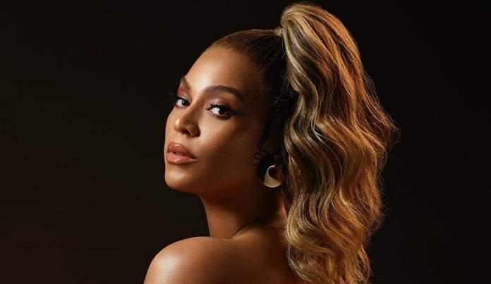 Beyoncé sort un documentaire sur son album « The Lion King : The Gift », découvrez le…