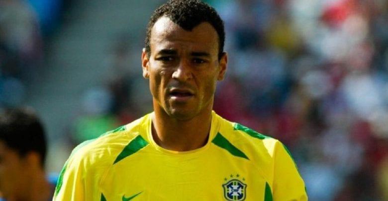 Brésil : La légende du football, Cafu frappé par un malheur