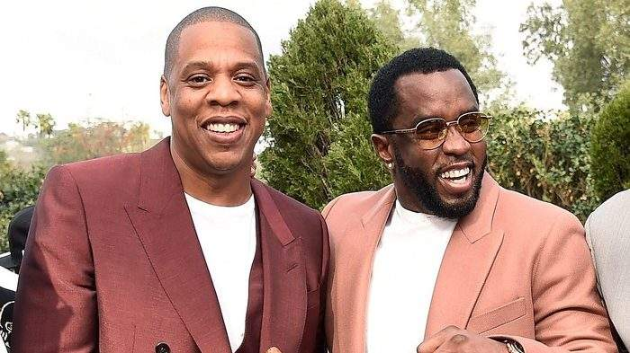 Le rappeur le mieux payé en 2019 est connu, et c'est pas Jay-z ou P. Diddy