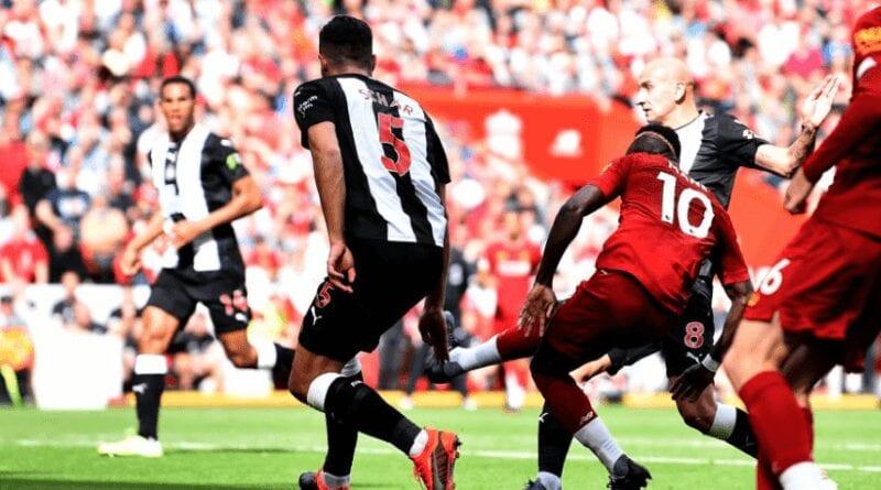 Liverpool 2 – 1 Newcastle (mi-temps) : Sadio Mané s'offre un doublé (vidéo)