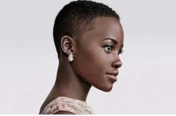 la comédienne kényane Lupita Nyong'o élue plus belle femme du monde