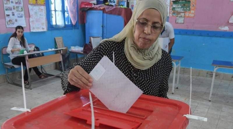 Présidentielle en Tunisie: vote dans le calme pour le premier tour