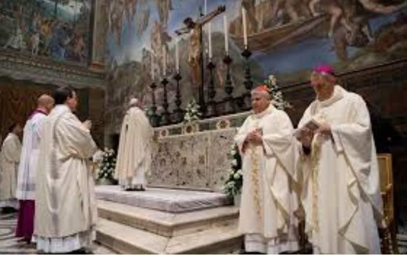 Pourquoi le Vatican a-t-il retiré 14 livres de la Bible en 1684?