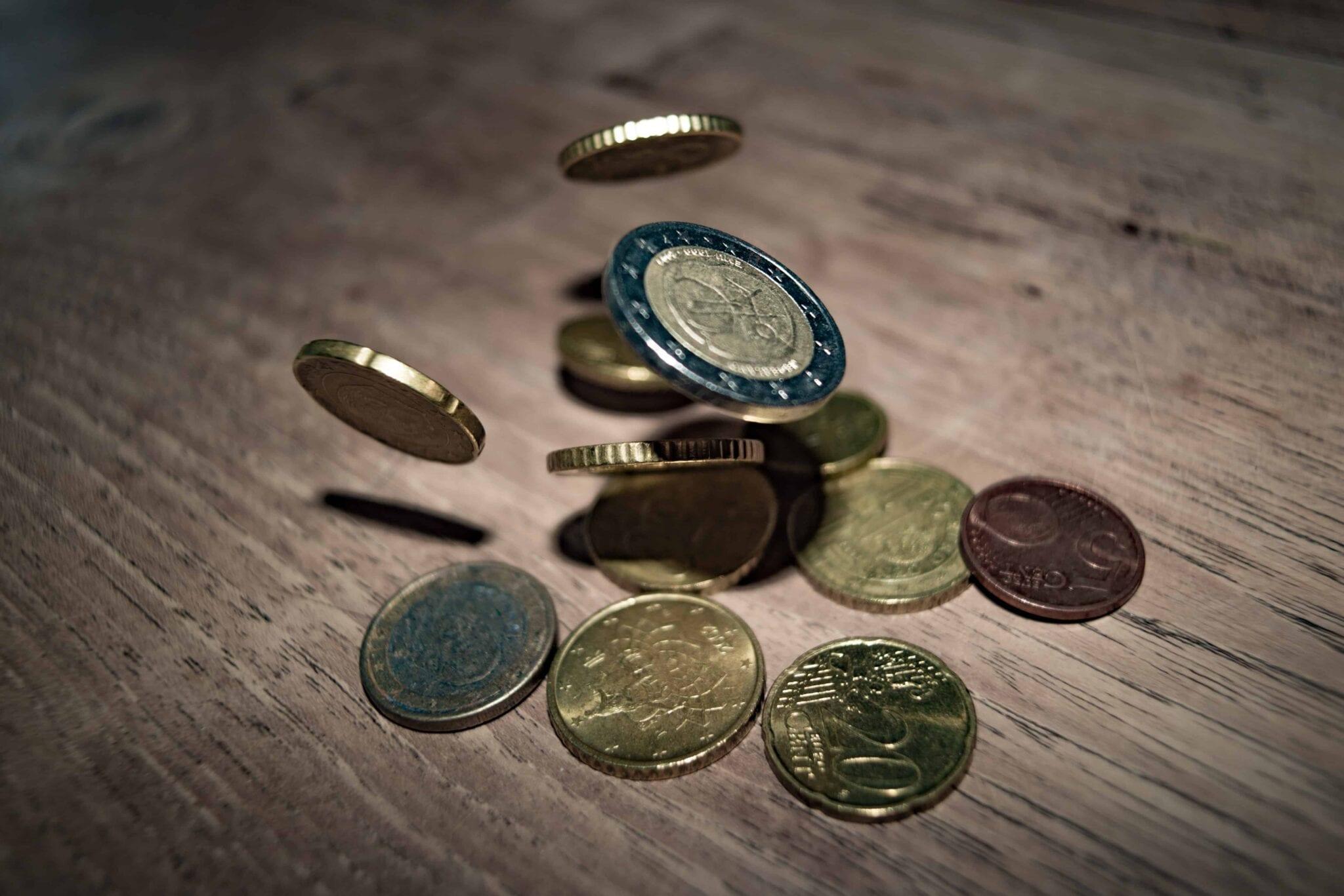 Comment économiser avec un petit salaire ? Nos 5 Astuces Faciles !