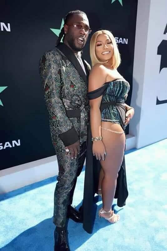 Le chanteur nigérian Burna Boy et sa petite amie Steflon Don se seraient fiancés