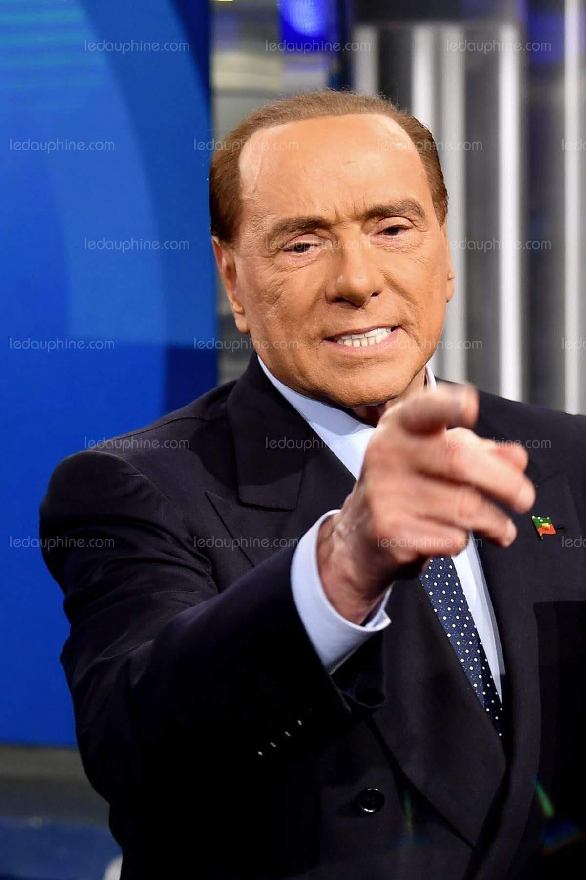 Silvio Berlusconi affirme : ''La chute de Kadhafi était un complot français''