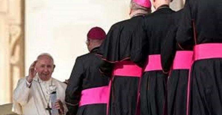 Église catholique: des hommes mariés pourront être prêtres en Amazonie
