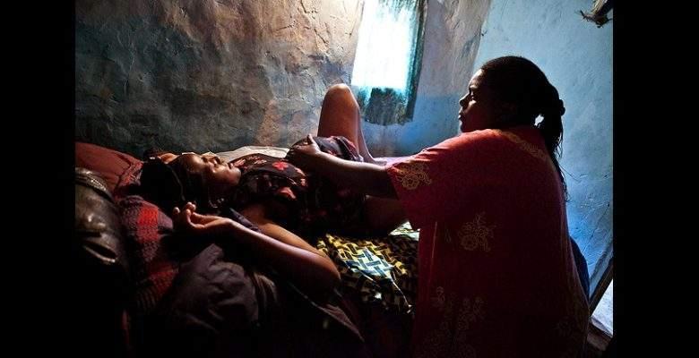 Cameroun : Elle donne naissance à un enfant sans pieds ni bras