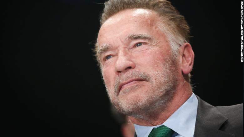 Incendie en Californie : Arnold Schwarzenegger quitte  en urgence sa maison