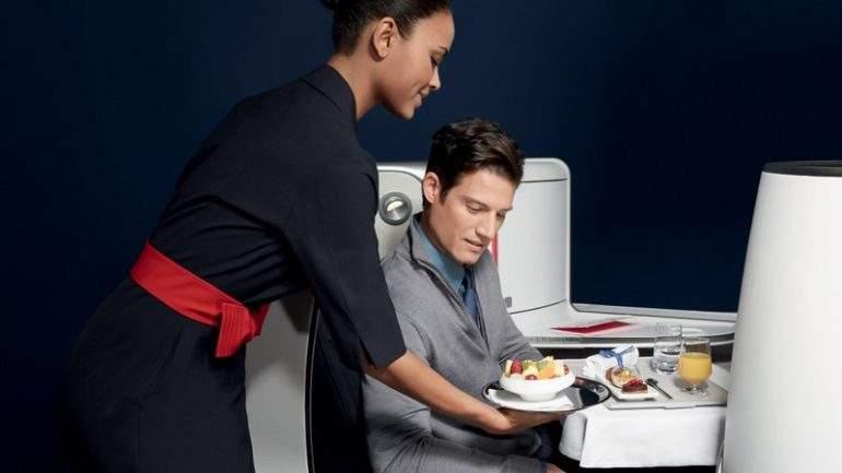 Pourquoi les repas dans l'avion n'ont pas bon goût ?