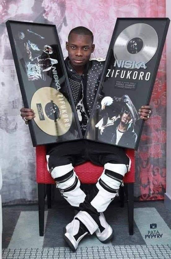 En réponse à Debordo Leekunfa, Sidiki Diabaté expose son armoire à trophées