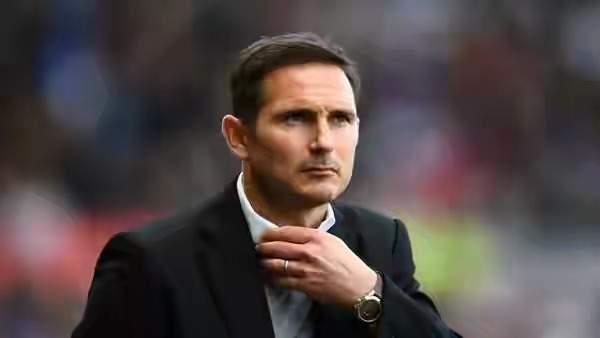 Chelsea: Frank Lampard fait l'éloge de l'attaquant Lille, Loïc Remy