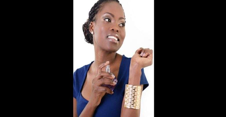 Astuce: Comment choisir le bon parfum pour votre type de peau