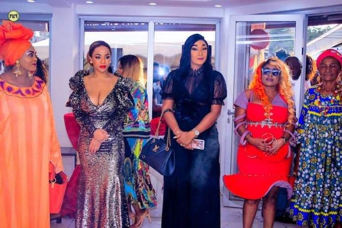 """Coco Argentée, Emma Lohoues, Nathalie Koah à l'ouverture de """"Chic Avenue"""" Yaoundé"""
