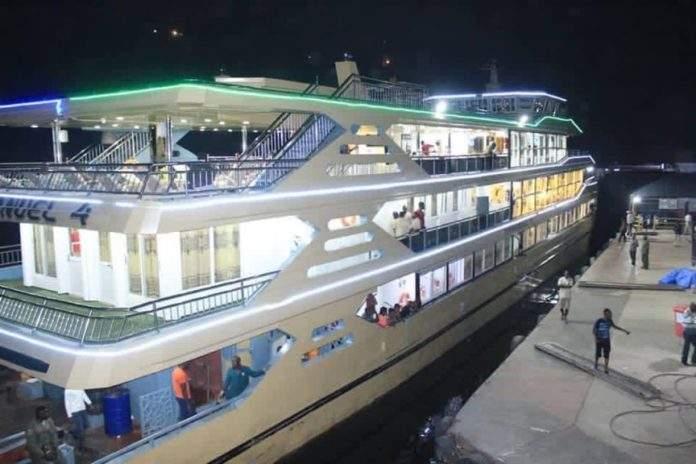 Emmanuel 4, le 4e bateau de croisière fabriqué en RDC (Congo)