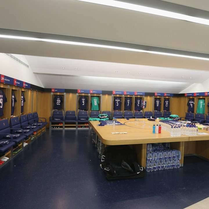Le vestiaire du PSG est le plus beau du monde
