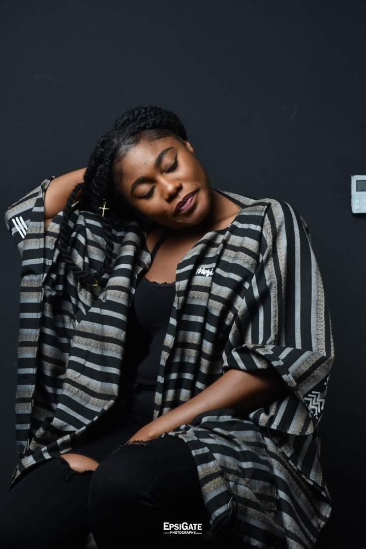 L'animatrice et influenceuse togolaise Océane Codjia en 10 photos bien stylées