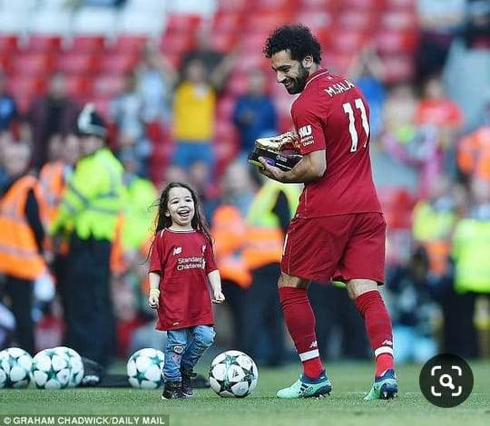 Les adorables photos de Mohamed Salah et sa fille Makka