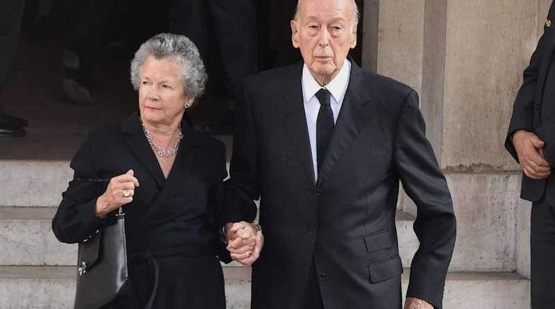 Obsèques de Jacques Chirac : la femme de Giscard d'Estaing victime d'une faute protocolaire (PHOTO)